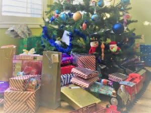 Wrapped presents under the tree