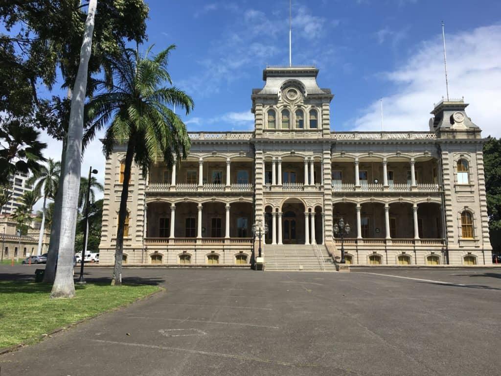 Walking Outside of Iolani palace in Honolulu